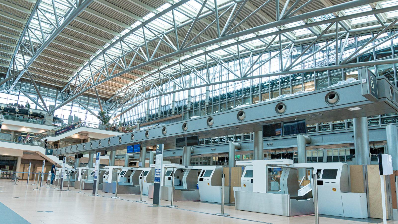Self-bag drop at Hamburg Airport